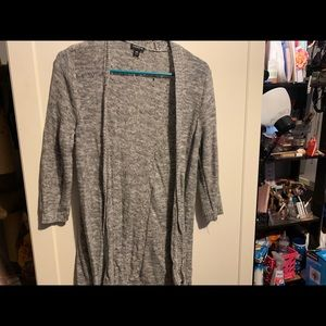 Grey 3/4 sleeve sweater
